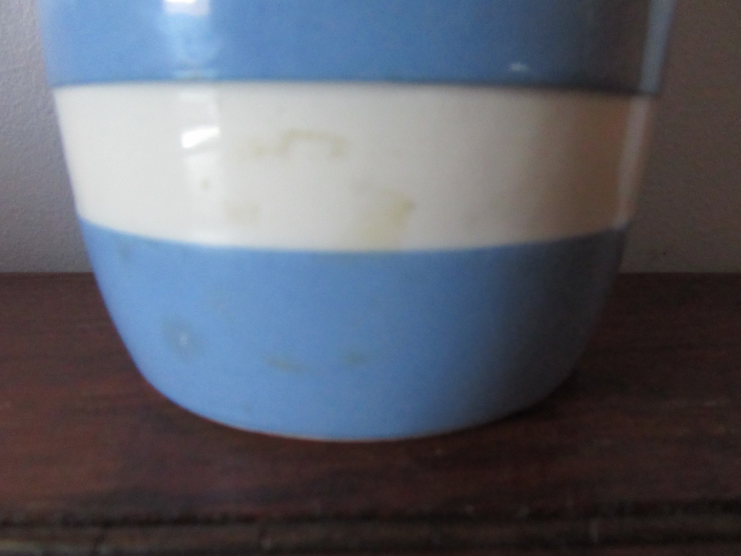 Cornish Ware TG Green Flour Shaker 1930s Blue & White