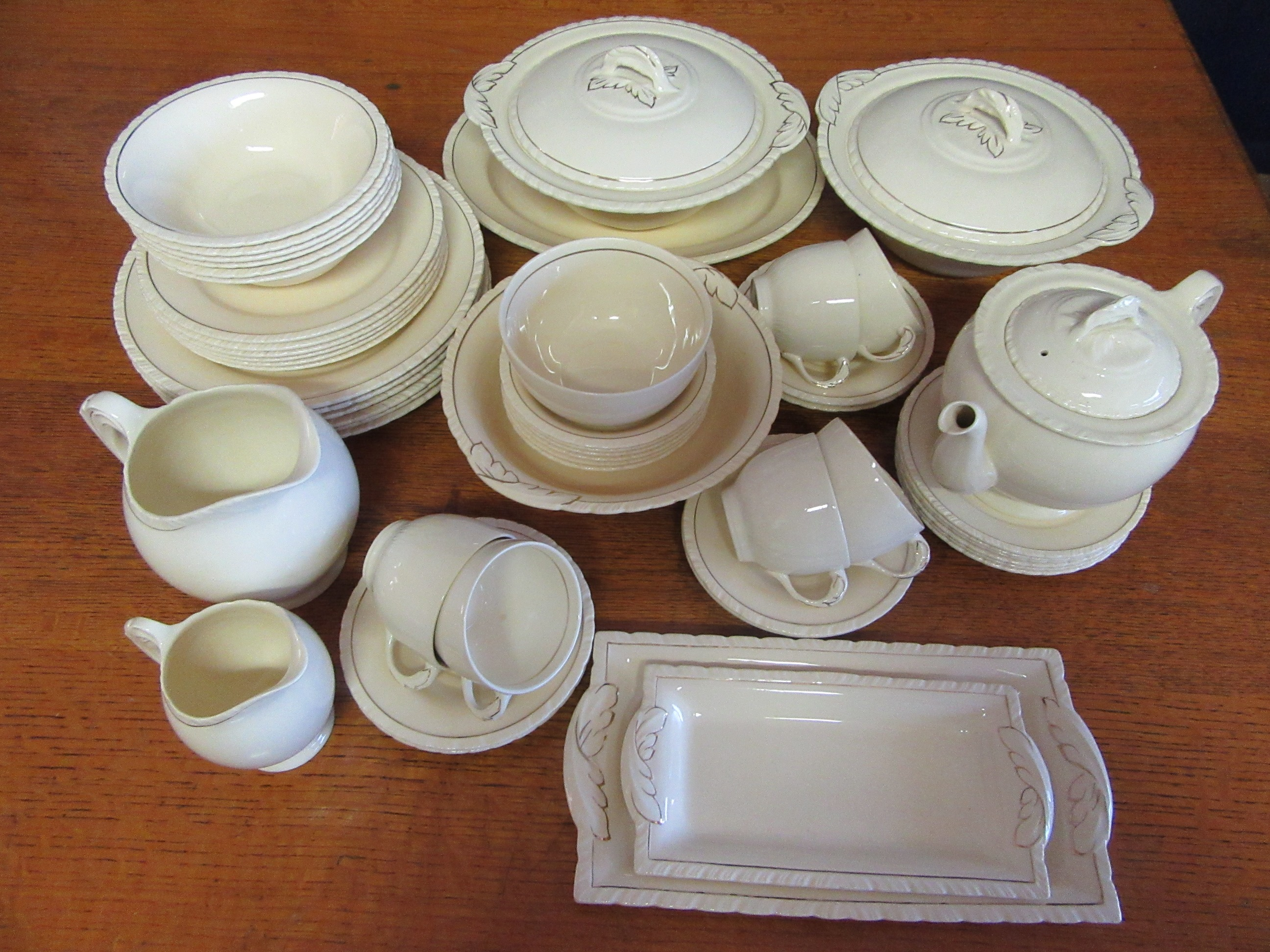 New Hall Dinner Set For 6 Extras 55 Pieces Diana 1930s