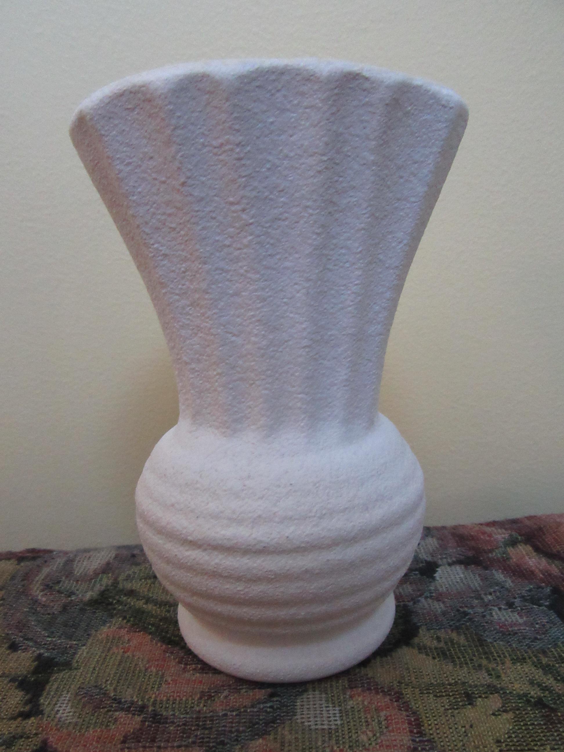 diana pottery vase
