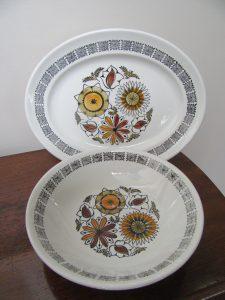 Kathie Winkle Calypso Bowl & Platter
