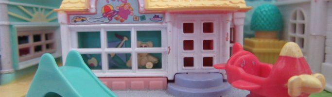 Retro Toys by Elise has come to CCs Retro – Polly Pocket, Star Castles, Barbie