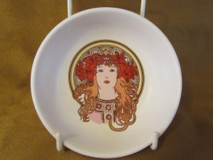Poole Fleurie Pin Dish