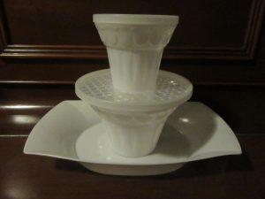 Tupperware Floralier Vase